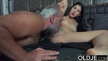 Порно клипы лана шарапова проглядывать в прямом эфире на 1порно