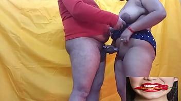 Чернокожий мужик трахнул молодую любовницу в попку огромным агрегатом